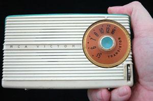 09 084 002transistorradio